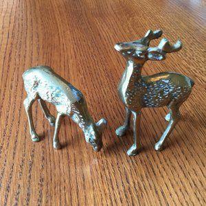 2 brass deer Vintage natural patina